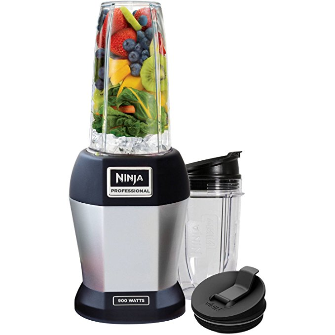 NUTRI NINJA PROFESSIONAL BL450 Blender 900 Watts. Includes 18 oz / 24 oz and 12 oz Cups .